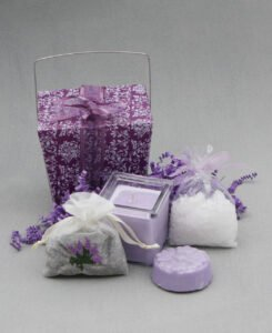 All-In-One Lavender Aromatherapy Gift Pack, USA