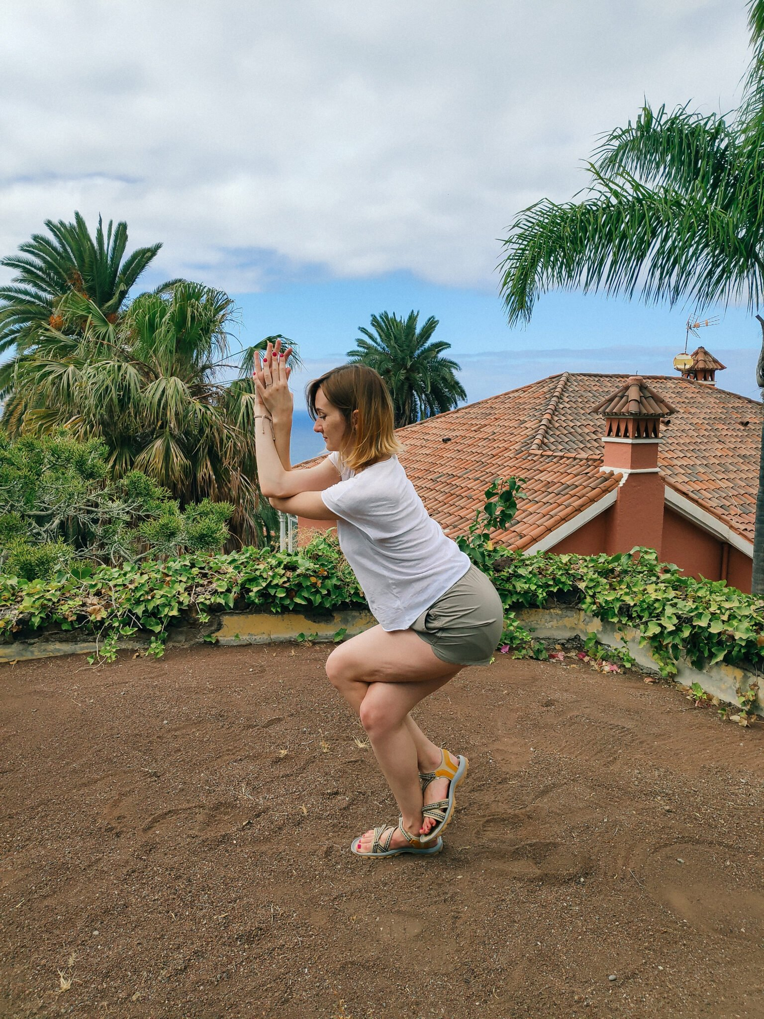 Eagle Pose/ Garudasana